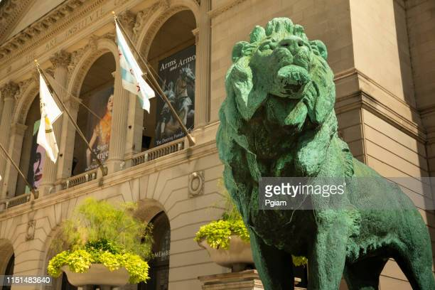 entrance to the art institute of chicago museum, illinois - art institute of chicago stock pictures, royalty-free photos & images
