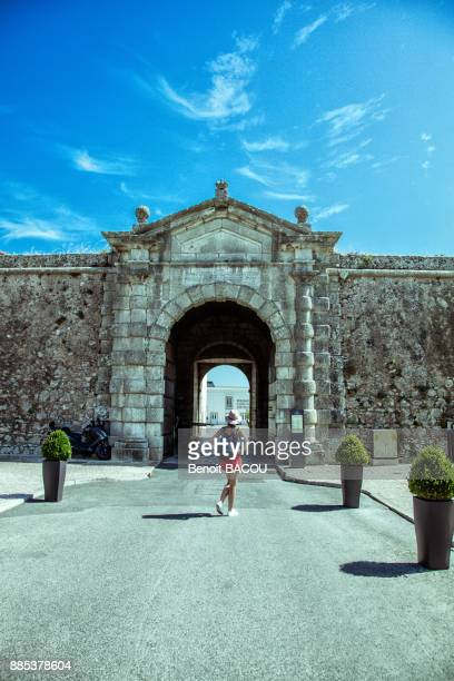 entrance to the fortified citadel of the port of cascais, lisbon area, portugal - cascais stock photos and pictures