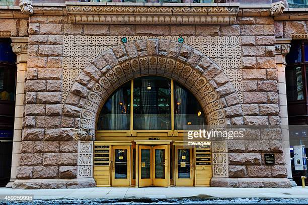 entrance to the rookery, downtown chicago - rookery chicago stock pictures, royalty-free photos & images