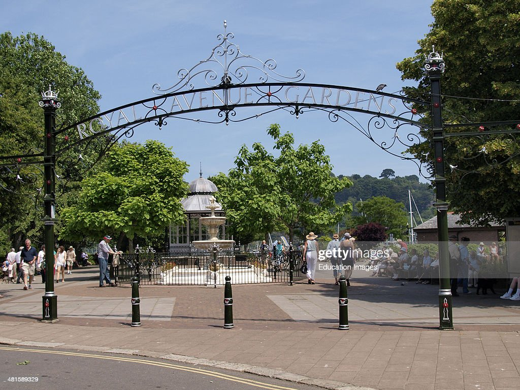 Entrance to the Royal Avenue Gardens, Dartmouth, Devon : News Photo