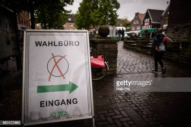 Entrance to the voting office for state elections in North RhineWestphalia on May 12 2017 in Duelmen Germany The North RhineWestphalia election will...