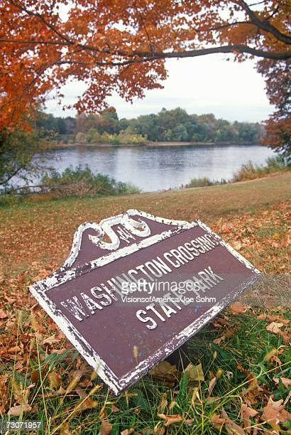 """entrance to washington crossing state park, on scenic route 29 in nj"" - state park stock pictures, royalty-free photos & images"