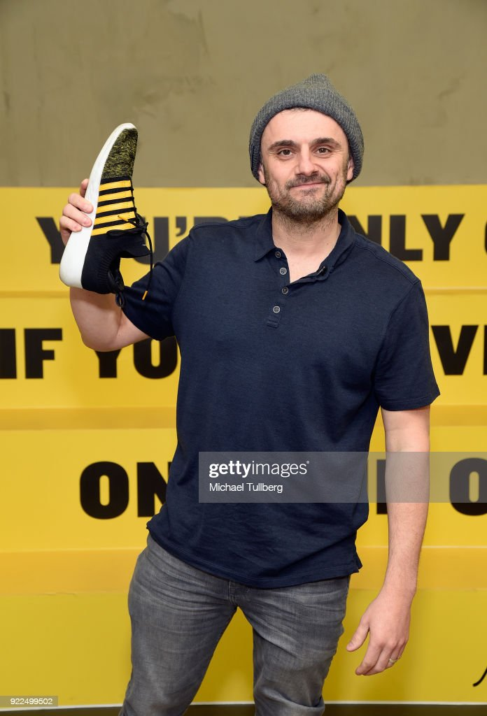 "GaryVee 001 ""Crushing It!"" Release - Los Angeles Pop Up Experience"