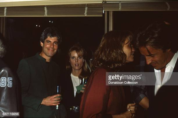 Entrepreneur Harold Bronson attends an event with Mia Farrow and Don Johnson in 1985 in Los Angeles California