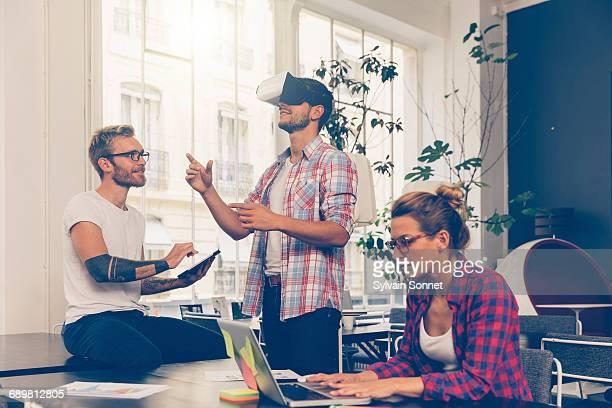 Entrepreneurs testing virtual reality technology w