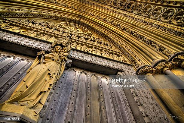 entry to the westminster abbey - ウェストミンスター寺院 ストックフォトと画像
