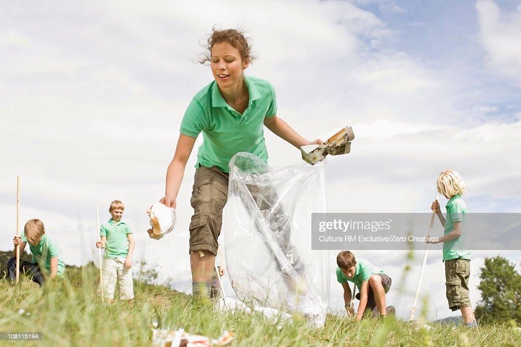 Environment cleaning : Bildbanksbilder