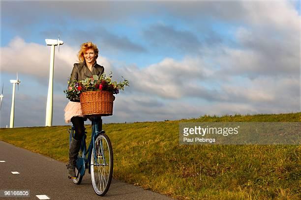 environment friendly transport - flevoland stockfoto's en -beelden