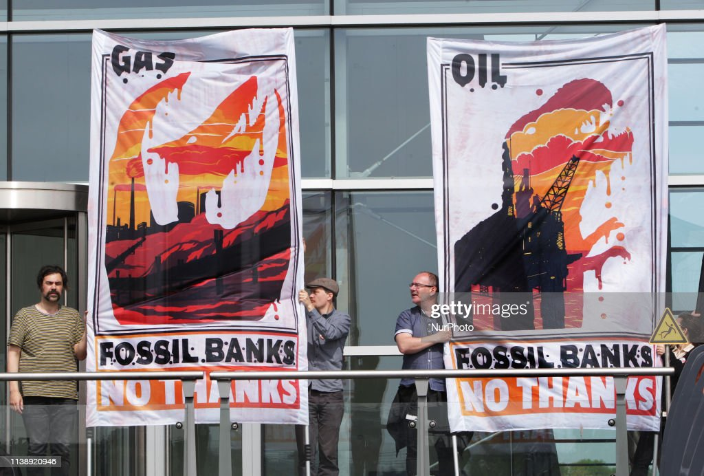 NLD: ING Bank Stop Funding Fossil Fuels Demonstration In Amsterdam
