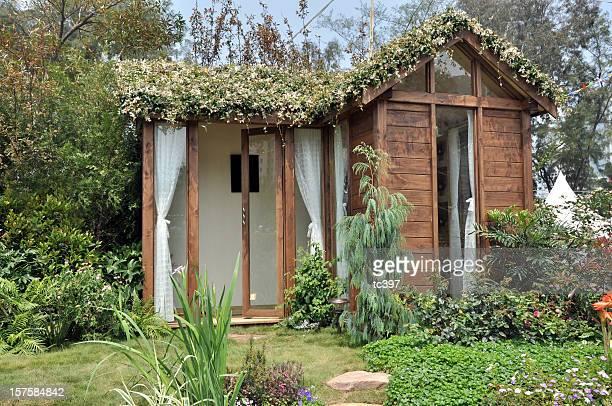 Environmental Friendly Design House in Garden