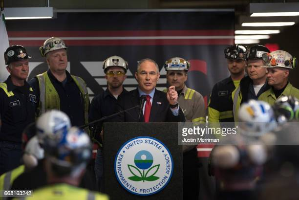 S Environmental Protection Agency Administrator Scott Pruitt speaks with coal miners at the Harvey Mine on April 13 2017 Sycamore Pennsylvania The...