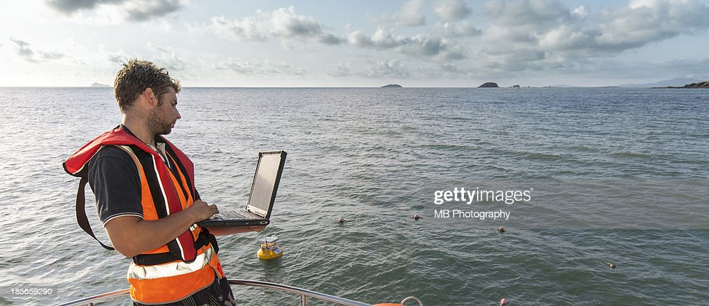 Environmental Scientist doing marine research : Stock Photo