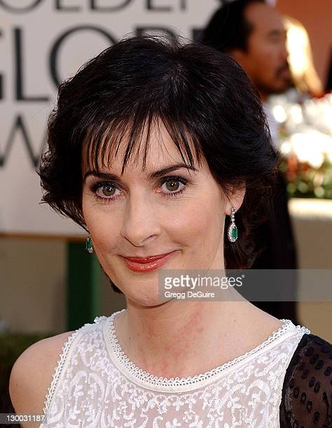 Enya arrives at the Golden Globe Awards at the Beverly Hilton January 20 2002 in Beverly Hills California