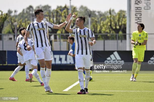 Enzo Barrenechea of Juventus celebrates with Leonardo Cerri after scoring a goal during the Primavera 1 TIM match between Juventus U19 and Empoli FC...