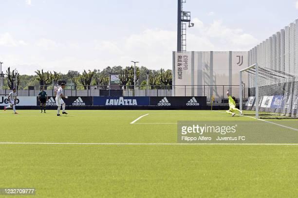 Enzo Barrenechea of Juventus scores a goal from penalty during the Primavera 1 TIM match between Juventus U19 and Empoli FC U19 at Juventus Center...