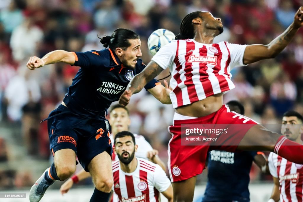 Olympiacos v Medipol Basaksehir: UEFA Champions League : News Photo