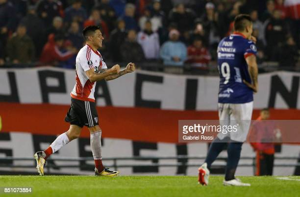 Enzo Perez of River Plate and teammates celebrate their team's fourth goal during a second leg match between River Plate and Wilstermann as part of...
