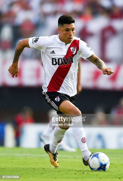 Enzo Perez of River Plate drives the ball during a match between River Plate and Boca Juniors as part of the Superliga 2017/18 at Monumental Stadium...