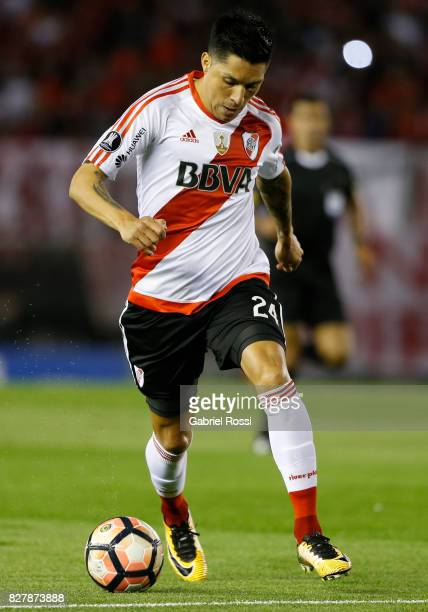 Enzo Perez of River Plate drives the ball during a second leg match between River Plate and Guarani as part of round of 16 of Copa CONMEBOL...