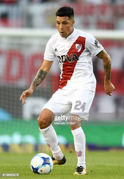 Enzo Perez of River Plate kicks the ball during a match between River and Newell's Old Boys as part of Superliga 2017/18 at Monumental Stadium on...