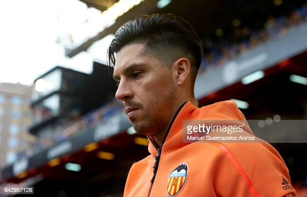 Enzo Perez of Valencia enters the field before the La Liga match between Valencia CF and Athletic Club at Mestalla Stadium on February 19 2017 in...