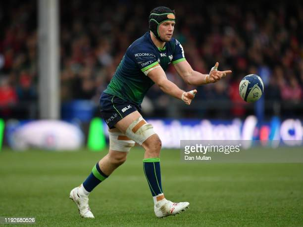 Eoghan Masterson of Connacht releases a pass during the Heineken Champions Cup Round 3 match between Gloucester Rugby and Connacht Rugby at Kingsholm...