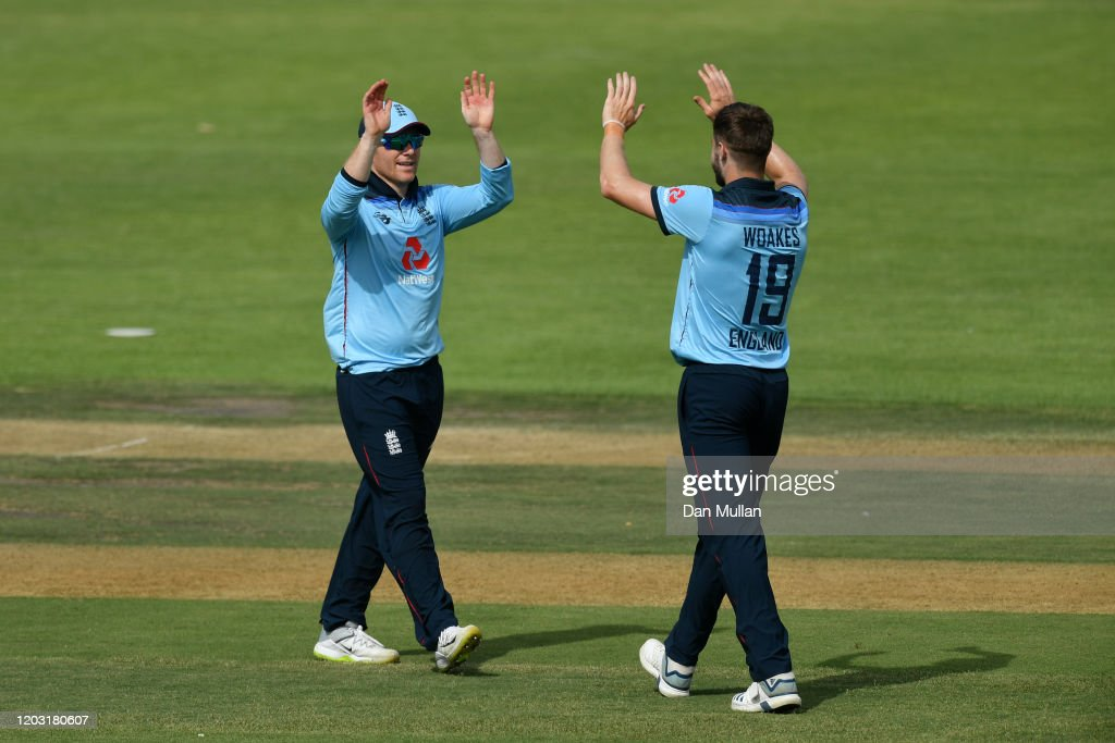 South Africa XI v England - Practice Match: Day One : News Photo