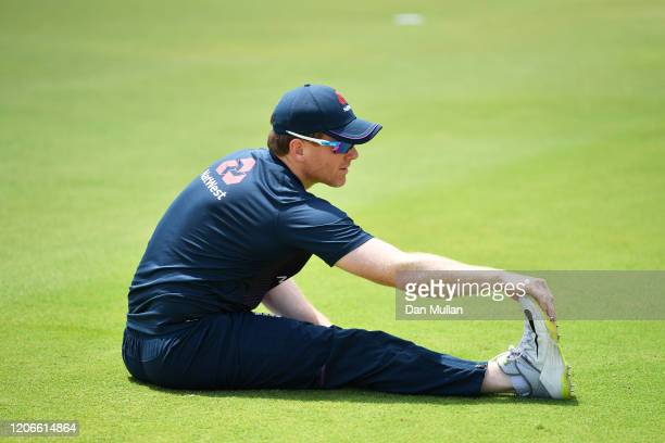 Eoin Morgan of England warmsup ahead of the Third T20 International match between South Africa and England at Supersport Park on February 16 2020 in...