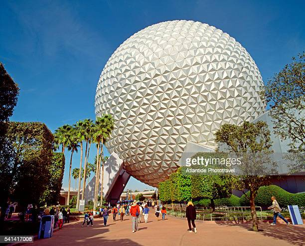 epcot center in walt disney world - disney world stock pictures, royalty-free photos & images