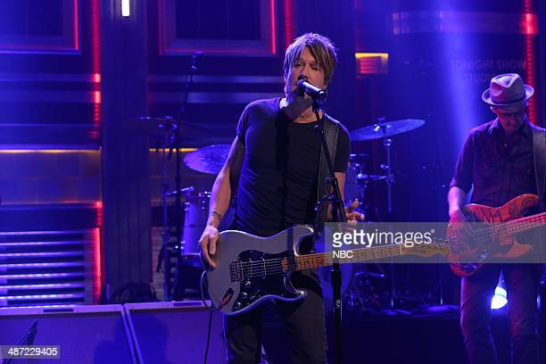 Musical guest Keith Urban performs on April 28 2014