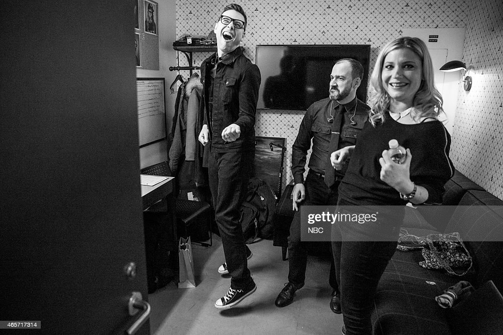 MEYERS -- (EXCLUSIVE COVERAGE) -- Episode 0148 -- Pictured: (l-r) Eli Janney, Seth Jabour, Marnie Stern of the 8G Band backstage before a show on January 12, 2015 --