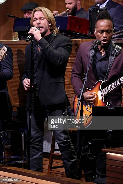Craig Wayne Boyd winner of season 7 of The Voice performs with The Roots on December 17 2014