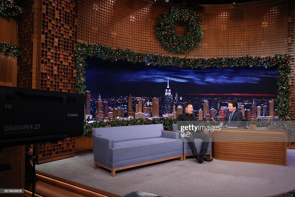 The Tonight Show Starring Jimmy Fallon - Season 3 : News Photo