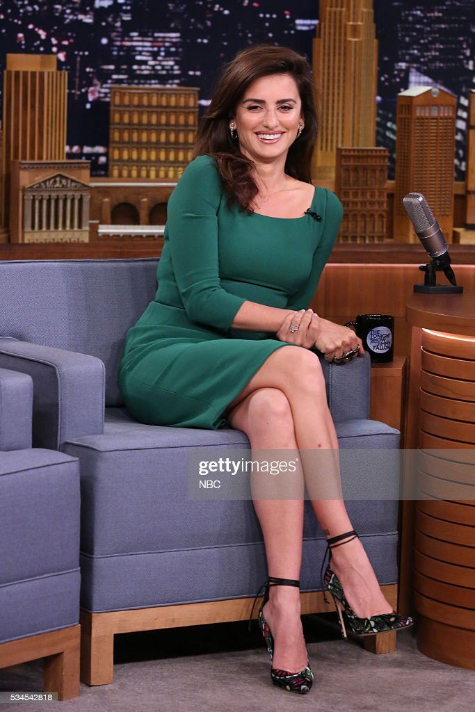 "NBC's ""The Tonight Show Starring Jimmy Fallon"" with guests Penelope Cruz, Tom Brokaw, Dierks Bentley"