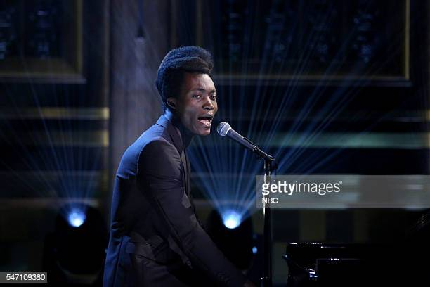 Musical guest Benjamin Clementine performs on July 13 2016