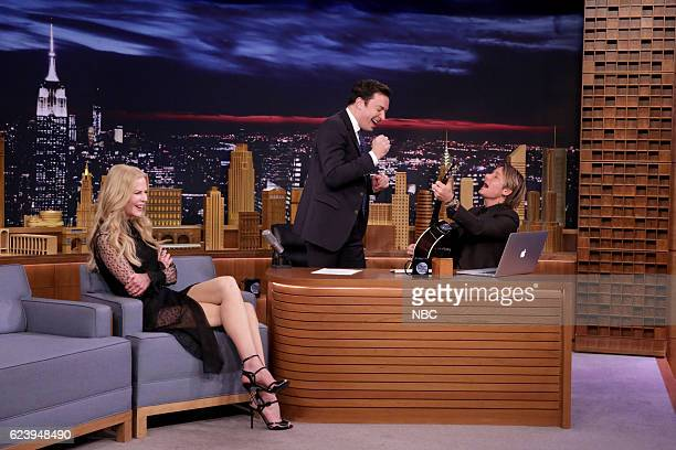 Actress Nicole Kidman and host Jimmy Fallon are surprised by singer Keith Urban on November 17 2016