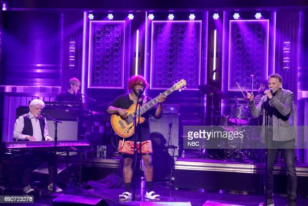 Michael McDonald Stephen Bruner from Thundercat and Kenny Loggins perform Show You The Way on June 5 2017
