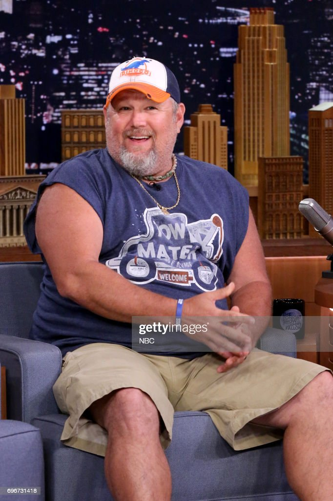 """NBC's """"Tonight Show Starring Jimmy Fallon"""" With Guests Kirsten Dunst, Larry the Cable Guy, and Nikki Glaser"""