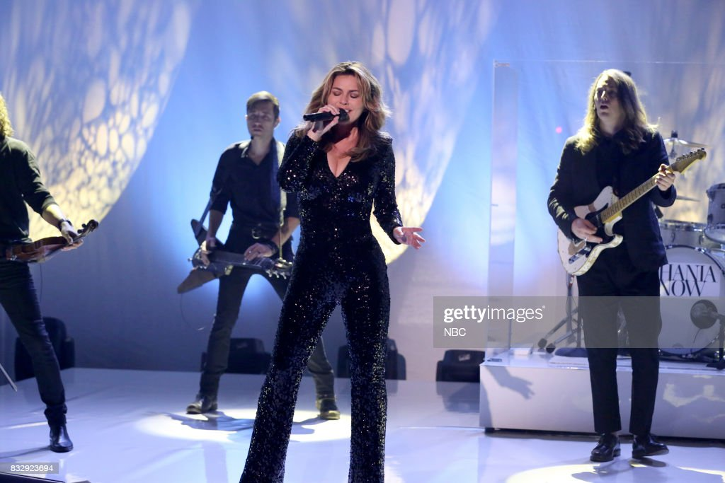 Musical Guest Shania Twain performs 'Swinging' with My Eyes Closed' on August 16, 2017 --