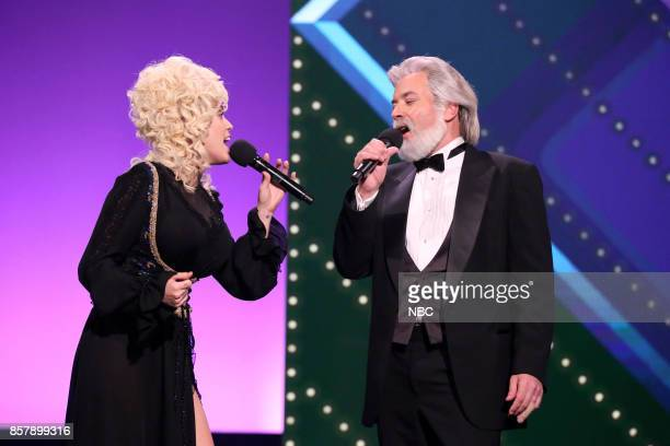 Miley Cyrus as Dolly Parton and Jimmy Fallon as Kenny Rogers perform Islands in the Stream on October 4 2017