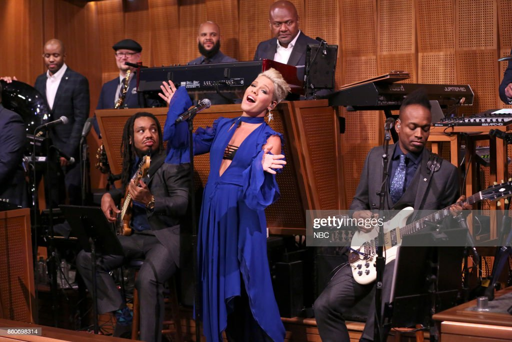 P!nk sings '#Fallsongs' with The Roots on October 12, 2017 --
