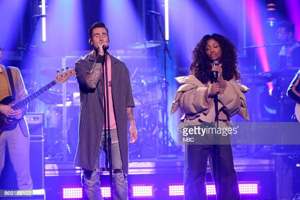 Musical Guest Maroon 5 ftz SZA performs 'What Lovers Do' on November 1 2017