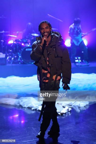 Musical Guest Miguel performs 'Skywalker' on November 30 2017