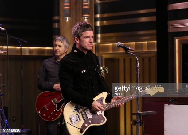Noel Gallagher's High Flying Birds performs 'It's A Beautiful World' on February 7 2018