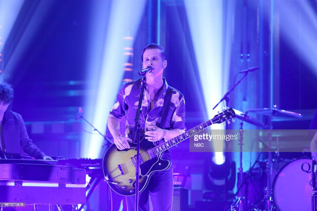 "NBC's ""Tonight Show Starring Jimmy Fallon"" with 							Guests Sarah Paulson, Chris Hardwick, Danica Patrick, Foster The People"