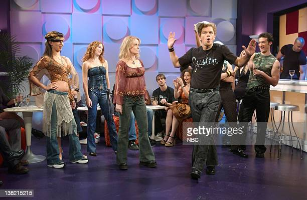 LIVE Episode 1 Aired Pictured Maya Rudolph as Caitlin Amy Poehler as Britney Spears Matt Damon as Justin Timberlake during Angry Danceoff skit