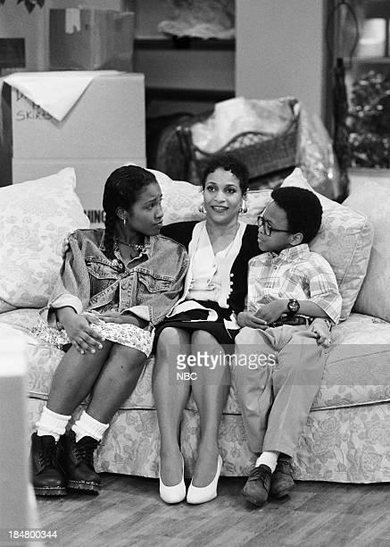 HOUSE Episode 1 Getting To Know You Pictured Maia Campbell as Tiffany Warren Debbie Allen as Jackie Warren Jeffery Wood as Austin Warren