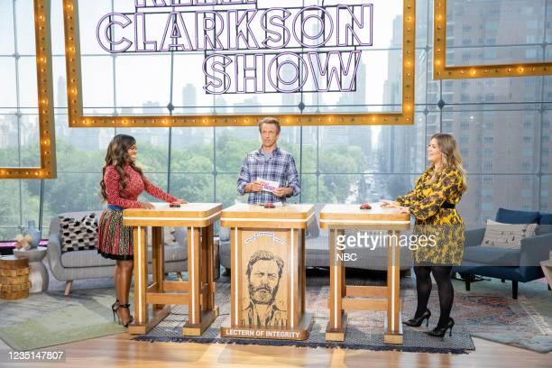 Episode 1002 -- Pictured: Kandi Burruss, Seth Meyers, Kelly Clarkson --