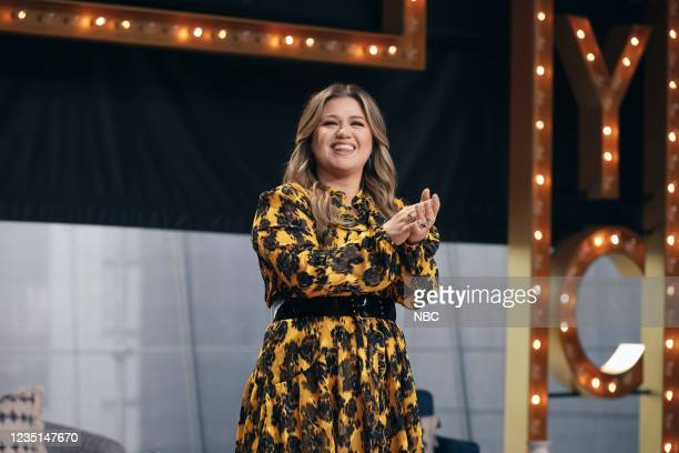 Episode 1002 -- Pictured: Kelly Clarkson --