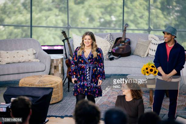 Episode 1003 -- Pictured: Kelly Clarkson --